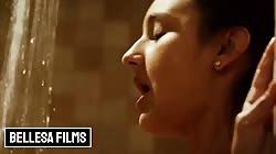 Bellesa - Bubble butt Eliza Ibarra makes love in the shower